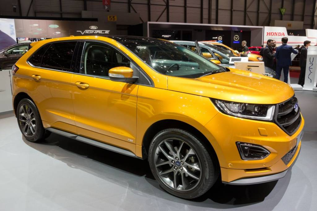 inside the 2017 ford edge answerguide. Black Bedroom Furniture Sets. Home Design Ideas